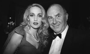 Jerry Hall y Clive James