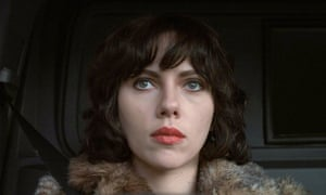 Scarlett Johansson en la adaptación cinematográfica de 2013 de Under the Skin.